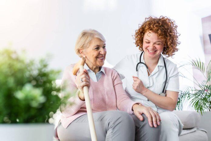 Μελέτη: Οι ηλικιωμένοι που μένουν σε θορυβώδη περιοχή αντιμέτωποι με αυξημένο κίνδυνο άνοιας