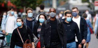 Διαδηλώσεις κατά της μάσκας: Οι ψευδείς πληροφορίες πίσω από τα επιχειρήματα