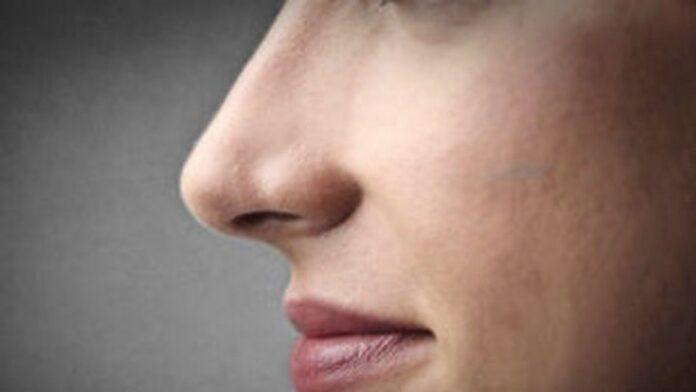 Κορονοϊός Συμπτώματα: Η απώλεια της όσφρησης ίσως πιο αξιόπιστο σημάδι και από τον βήχα