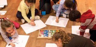 Γιατί το γράψιμο με το χέρι βοηθά την εγκεφαλική δραστηριότητα